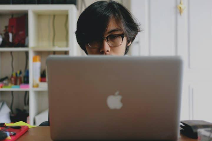 7 Cara Cerdas Lulus Kuliah Tepat Waktu bagi Mahasiswa