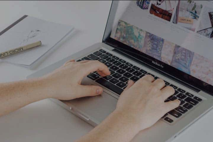 5 Laptop Murah yang Cocok untuk Mahasiswa, Spesifikasinya Oke Banget!