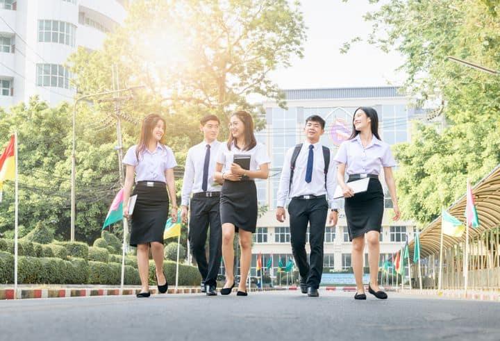 Memahami Tujuan Kuliah dan Manfaatnya - blog 3