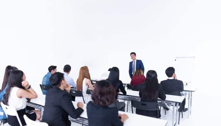 Jurusan Kuliah yang Tepat untuk Masa Depan -blog 1