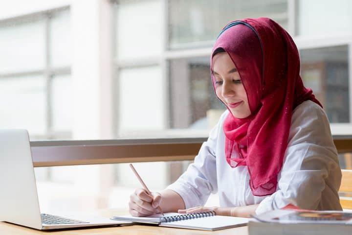 8 Perbedaan antara SMA dan Kuliah -blog-4