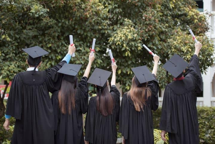 Motivasi Setelah Lulus SMA, Apa yang Ada di Pikiran Anak-anak Zaman Now - blog1