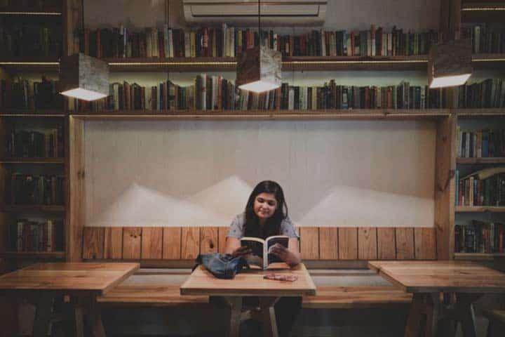 Apa Bedanya Kuliah Pendidikan Vokasi (Diploma) dengan Akademik (Sarjana)?