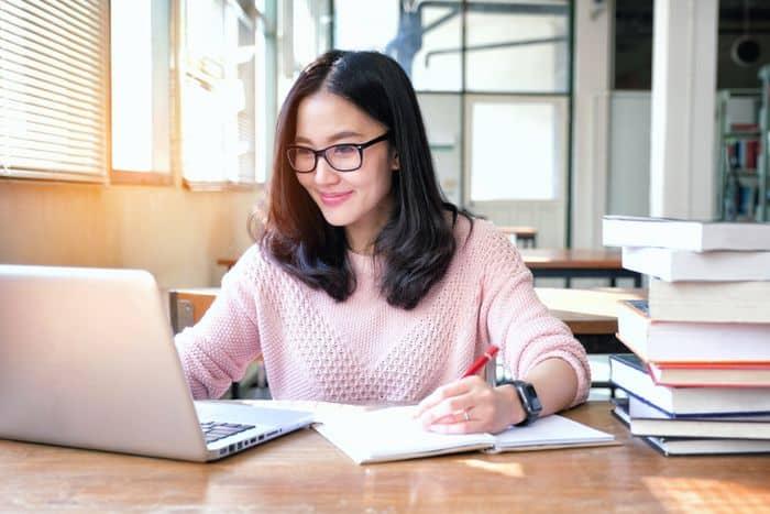 Jarang yang Tahu, Ini 7 Tips Agar Lolos Seleksi Beasiswa Online